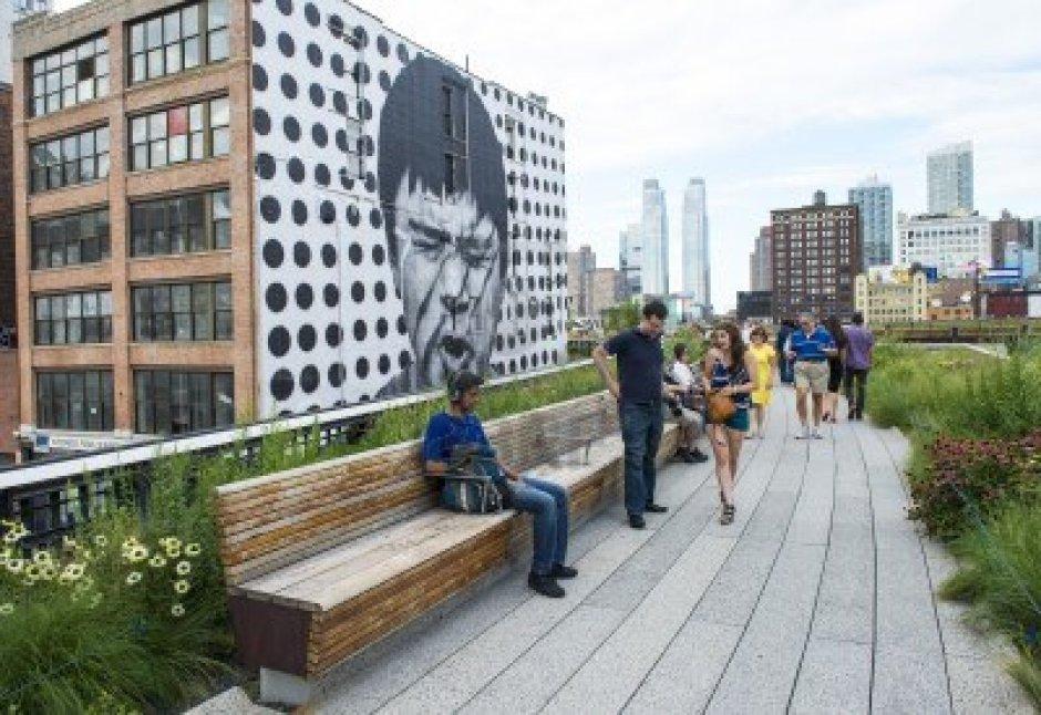 15621202-ciudad-de-nueva-york--22-de-julio-high-line-park-en-nueva-york-el-22-de-julio-de-2012-la-high-line-e