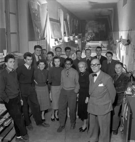 atelier-35-rue-de-sc3a8vres-paris-le-corbusier-et-ses-collaborateurs