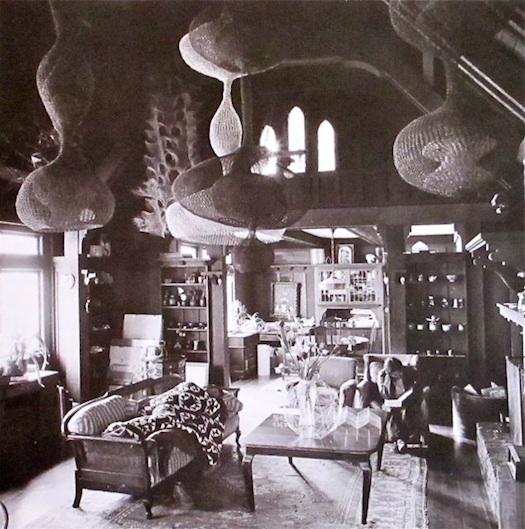 Ruth-Asawa-living-room-photo-imogen-cunningham