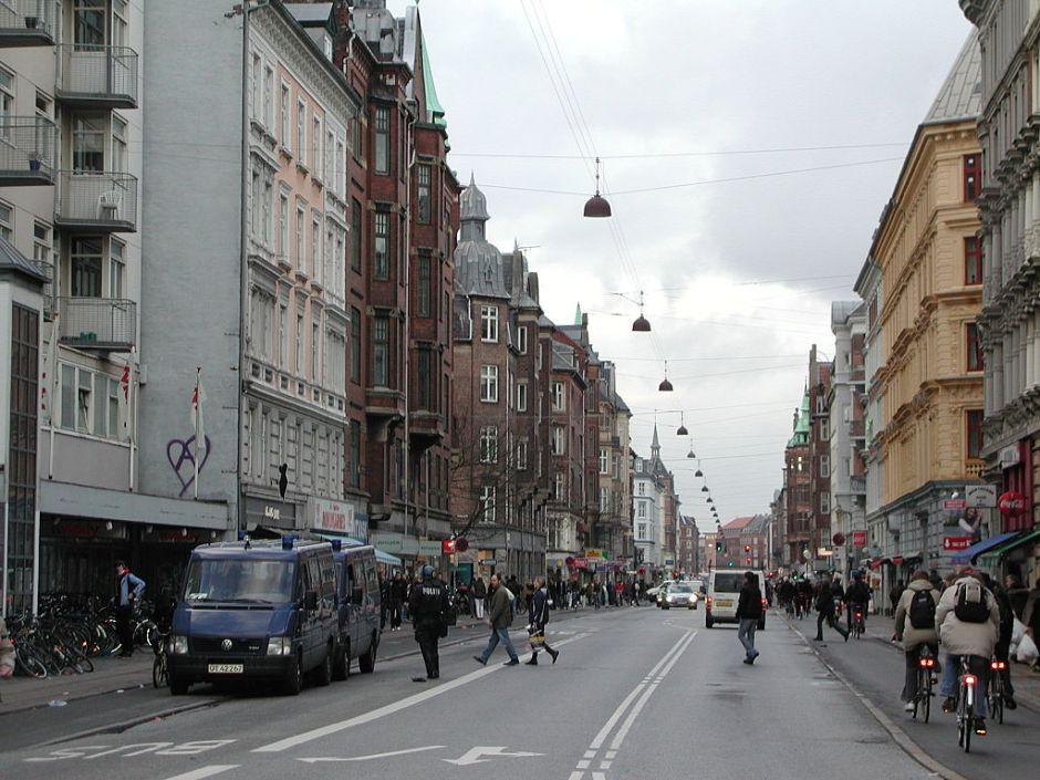 1024px-Nørrebrogade,_Copenhagen_2