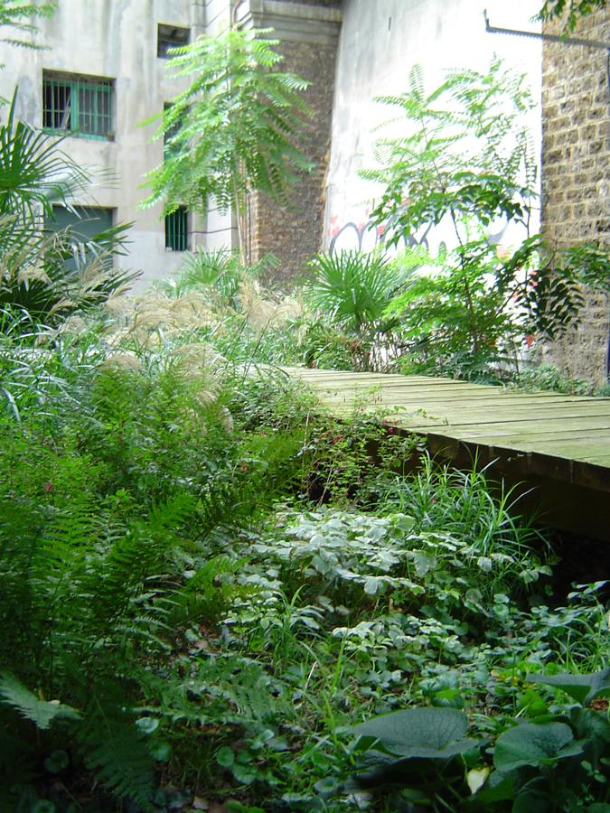2002_palais_de_tokyo_08