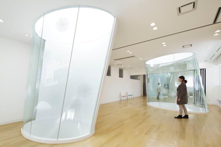 12_emmanuelle_moureaux_sugamo_shinkin_bank_shimura