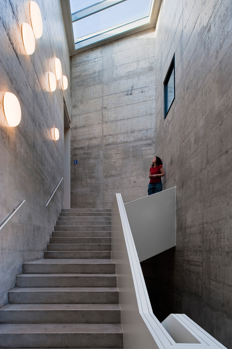 baas-arquitectura-museo-can-framis-10