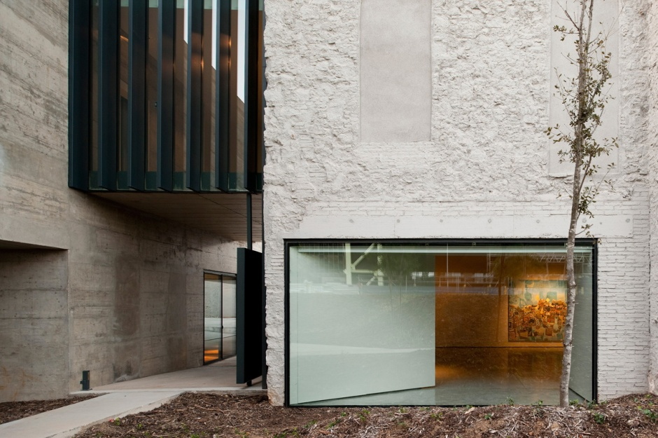 baas-arquitectura-museo-can-framis-12
