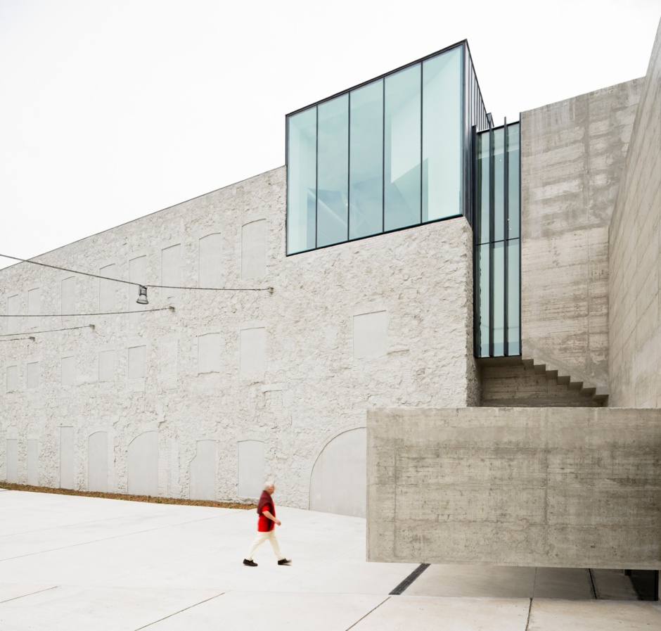 baas-arquitectura-museo-can-framis-17