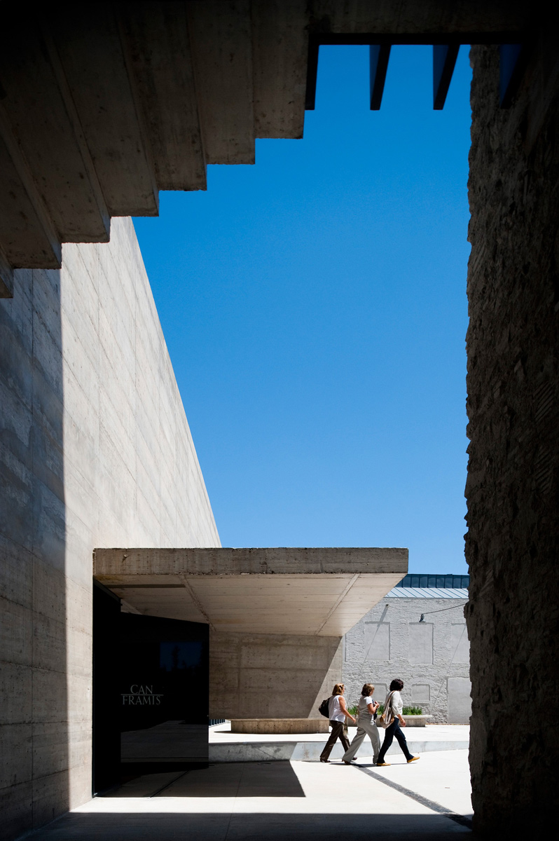 baas-arquitectura-museo-can-framis-2