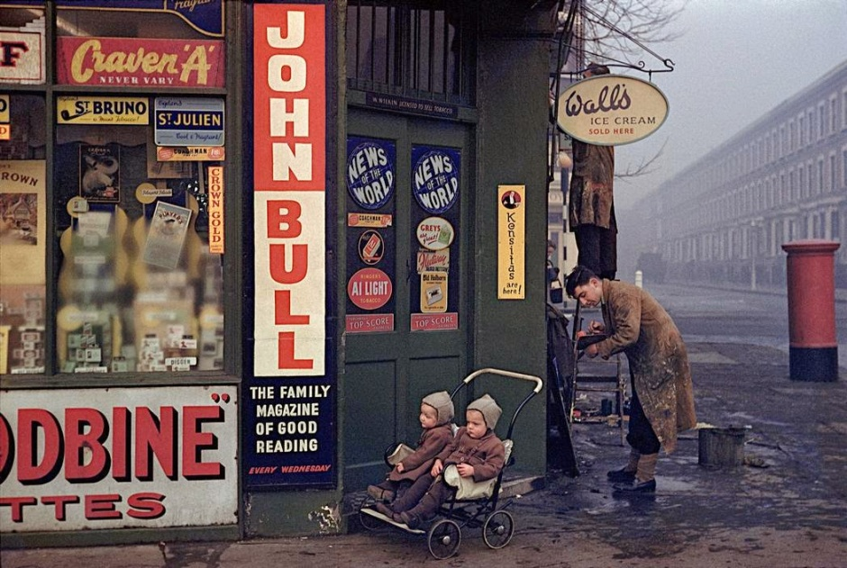 Daily Life in Color in the 1950s (10)