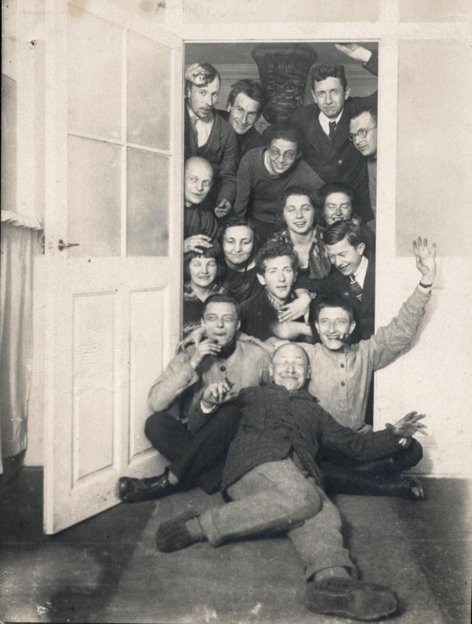 03_Leben-am-Bauhaus-Weimar.jpg_1342309723