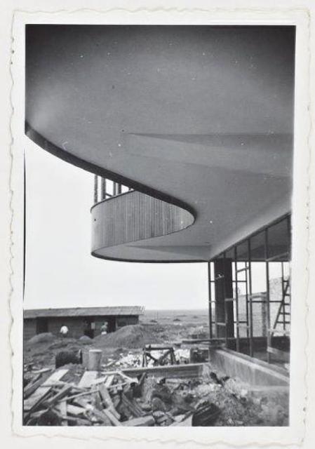 8165-Construcción del parador Ariston, hoy en total estado de abandono. Imagen del blog Salvemos el Ariston. Walter Schwartz