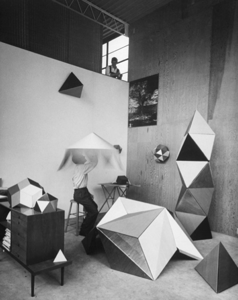 052-charles-and-ray-eames-theredlist