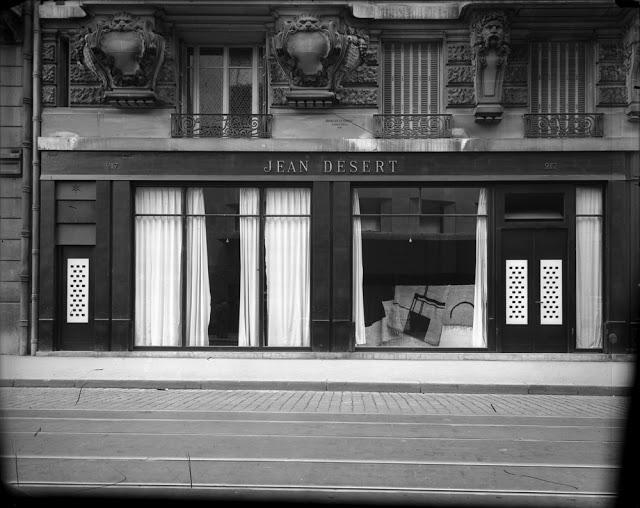 Jean Desert fue la tienda que Eillen Gray abrió en 1922 en la Rue du Faubourg Saint Honoré en París.