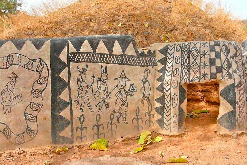 MARIELA PAESANI: Tiébélé - Burkina Faso - El pueblo Africano donde cada casa  es una obra de arte